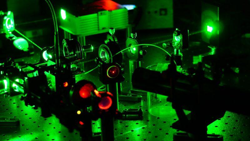 Laser_Groß_c_C_Hill_web